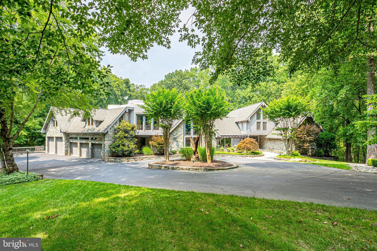 536 SPRINGVALE RD   - REMAX Realty Group Rehoboth Real Estate